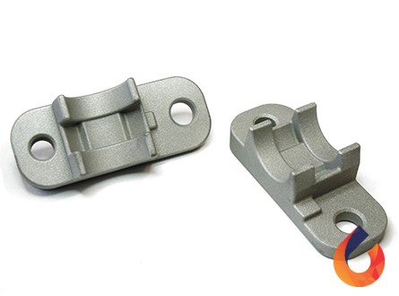 Mounting bracket for cab step
